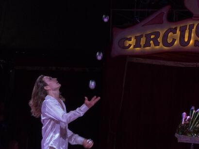 Circus Royale-125