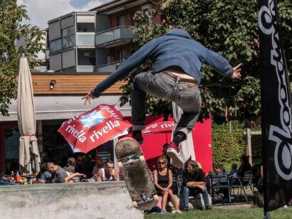 skateboard-1349-2