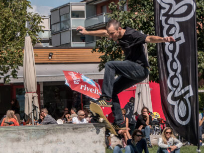 skateboard-1735-2