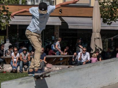 skateboard-2260-2