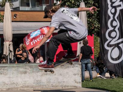 skateboard-2346-2
