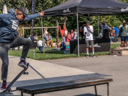 skateboard-2410